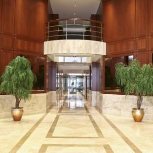 Lobby EntranceLR